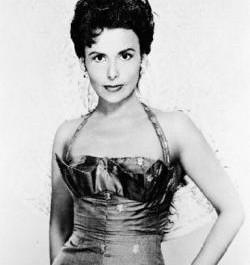 Décès de la chanteuse de jazz et actrice Lena Horne