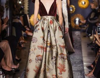 En backstage du défilé Valentino haute couture automne-hiver 2013-2014