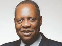 Hayatou félicite l'Algérie et le Nigeria