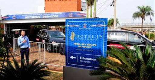 Non, les Brésiliens n'espionnent pas l'hôtel des Bleus