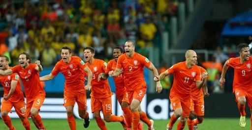 Les Pays Bas s'imposent, triste fin pour la Seleçao