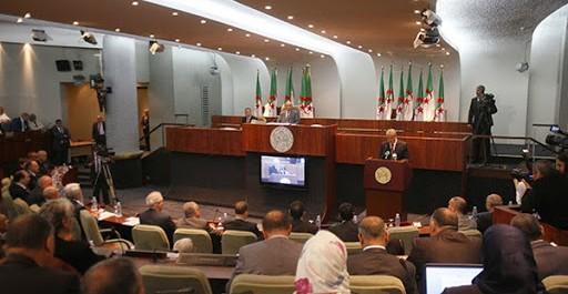 Taham Missoum, député du Rassemblement Algérien dénonce le népotisme et humilie Amara Benyounes au parlement