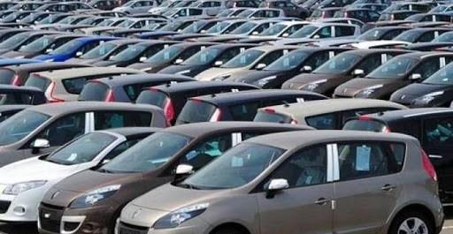 L'acquisition des logements passe en priorité, Les ventes de véhicules baissent de 42%