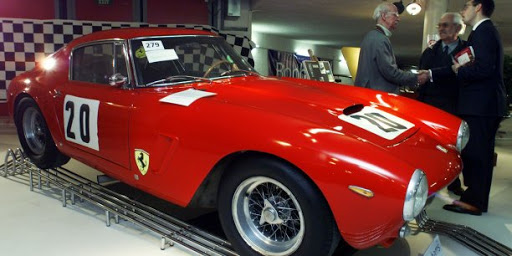 Qui est Pininfarina, l'icône du design automobile italien cédée à l'indien Mahindra