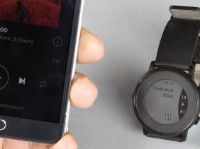 «Pebble Time», la montre raccourcis vers ton smartphone