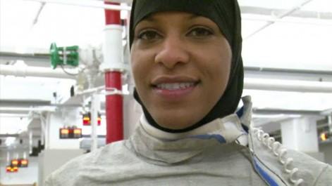 L'escrimeuse Ibtihaj Muhammad sera la première athlète américaine en hijab aux Jeux olympiques de Rio