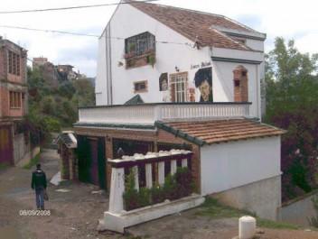 «Le pouvoir veut récupérer la maison de Matoub Lounes» : la polémique enfle !