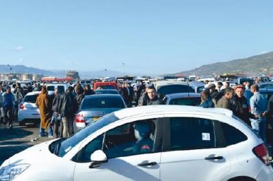 Importation des véhicules de moins de trois ans : Petits gains au Square et grosse attente