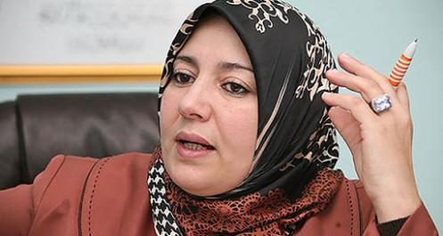 Elle se lâche dans un journal du Makhzen : les délires de Naïma Salhi
