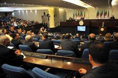 Quelle parité hommes-femmes aux parlements