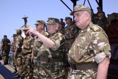 A partir de Tamanrasset, Gaïd Salah insiste sur le suivi de la consolidation du corps de bataille de l'ANP