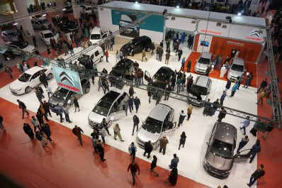 Ouverture du salon de l'automobile d'Oran Colère et frustration des visiteurs.
