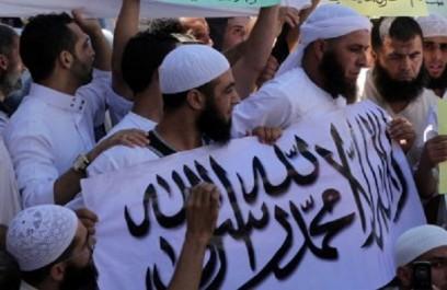 Projets de fusion au sein de la mouvance: Instinct de survie chez les islamistes