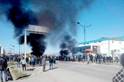 L'appel à la grève nationale des commerçants n'a pas été suivi Manifestations à Béjaïa et Constantine