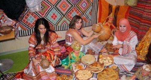 Batna: des tableaux folkloriques joyeux marquent le lancement des festivités de Yennayer