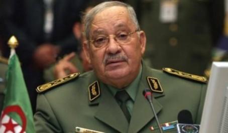 Gaïd Salah appelle le personnel de l'armée à participer aux élections locales