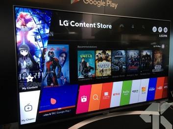 Apporter le cinéma chez soi autour des personnes qu'on aime grâce à la qualité d'image inégalée du LG OLED Smart TV