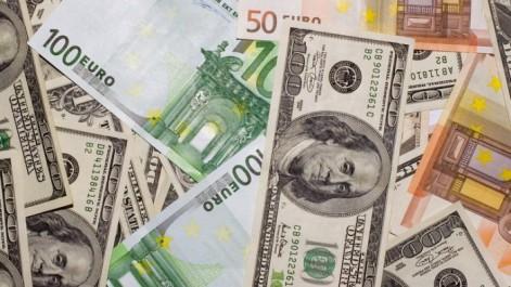 Changes: L'euro toujours faible face au dollar.