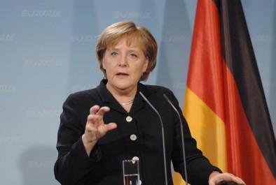 La chancelière attendue lundi prochain à Alger: Merkel veut en finir avec les sans-papiers maghrébins