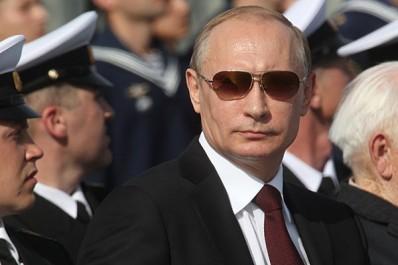 Russie: Poutine évoque le pardon mutuel à l'approche du 100e anniversaire de la révolution d'Octobre