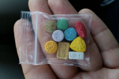 Constantine – 67 comprimés d'ecstasy saisis, trois arrestations