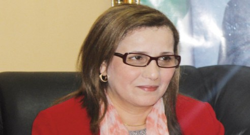 En visite à Guelma: Mme Mounia Meslem exprime sa «volonté» de collaborer avec la société civile