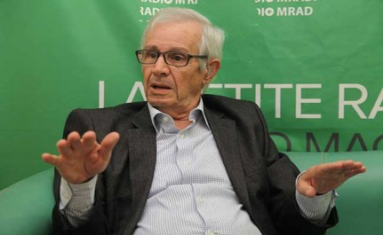 """""""Les Algériens n'ont jamais su utiliser la carte de l'acheteur pour lancer une industrie militaire""""- Rachid Benyelles (Audio-Vidéo)"""