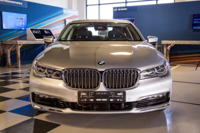 Intel, MobilEye et BMW dévoilent leur voiture autonome