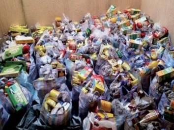 Dans le cadre d'une action de solidarité : Distribution de 6400 couffins aux démunis à Oran