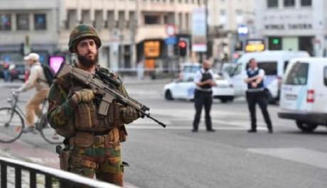 Belgique: un policier agressé au couteau à Bruxelles