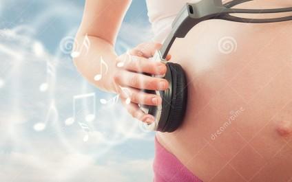 Grossesse : les Bienfaits de la Musique