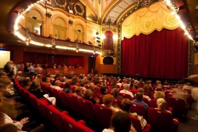 Naàma: Réception du Théâtre régional début 2019