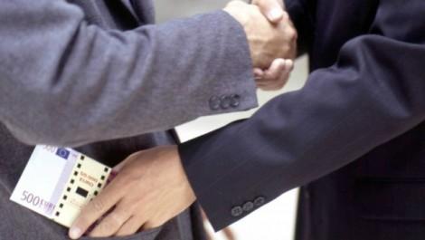 Arrêté pour corruption: Un sénateur exclu «définitivement» du RND