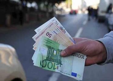 Euro: Record historique sur le marché parallèle du square Port Said