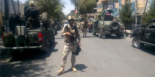 Attentat suicide devant l'ambassade d'rak à kaboul