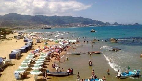 Départs timides en vacances d'été: Le boom attendra les résultats du bac