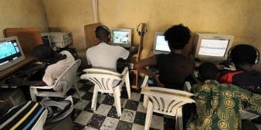 Des citoyens reçoivent un «Courrier piégé» : Les nouvelles arnaques à l'»africaine»!