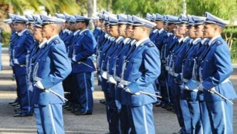 Ecole supérieure de l'air de Trafaroui: sortie de la 49e promotion d'élèves officiers