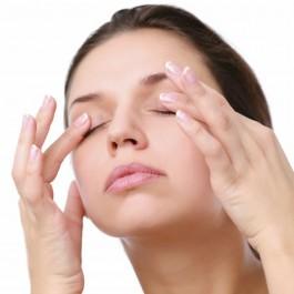 4 Idées pour pratiquer massages et gymnastique du visage