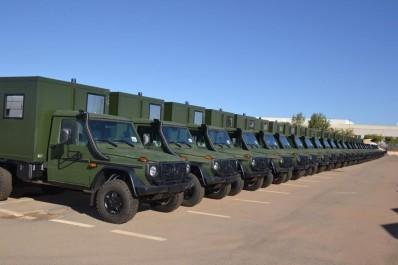 Livraison de 227 véhicules Mercedes Benz produits en Algérie au MDN