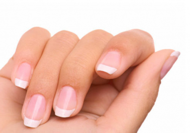 3 Ingrédients pour blanchir ses ongles