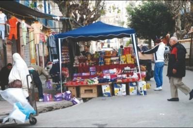 Guelma : Des espaces squattés impunément par des commerçants