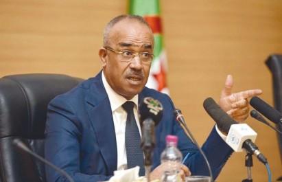 """Elections locales: Bedoui appelle les walis à traiter tous les partenaires politiques """"sur le même pied d'égalité"""""""