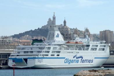 De retour en France: Les émigrés font le plein!