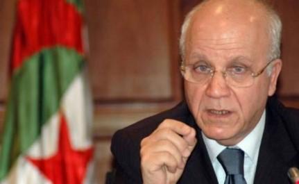 Medelci et l'ambassadeur d'Egypte examinent les perspectives de développement des relations bilatérales
