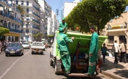 Ali-Mendjeli : 850 agents à pied d'œuvre pour une vaste opération de nettoiement