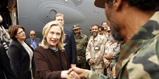 Libye: Selon Julian Assange, le coup d'État en Libye a été monté par H. Clinton