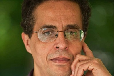 Le romancier Anouar Benmalek :  «Il n'existe pas d'unicité dans le Monde arabe»