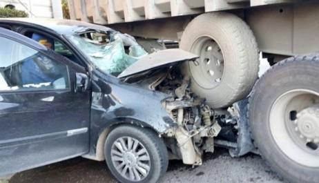 Aïn Defla : 1 mort et 4 blessés dans une collision entre 2 véhicules utilitaires