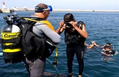 Oran : Renflouage d'un filet fantôme long de 190 m près de l'île Plane